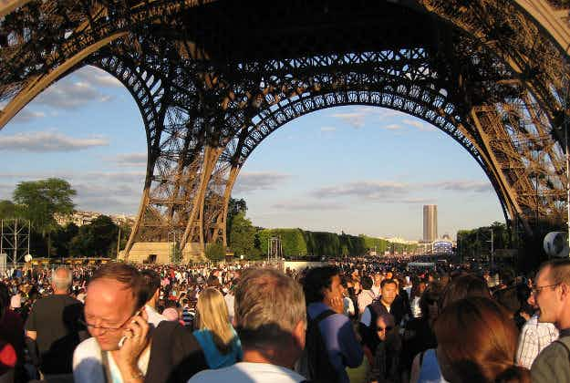 Report: Tourism in Paris to recover over 13 months