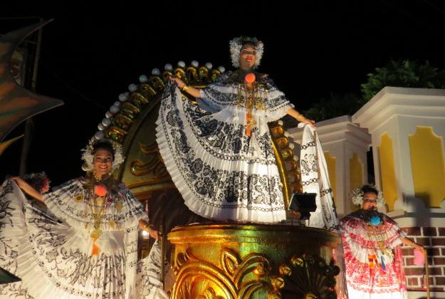 Panama's Thousand Polleras Parade attempts world record