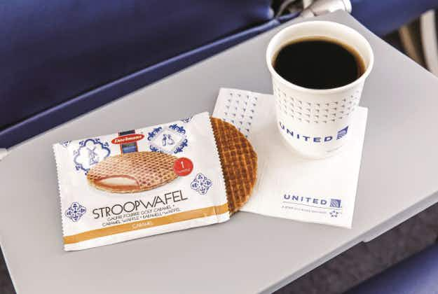 Free snacks back on the menu at United Airlines