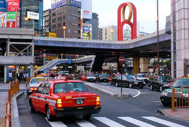 Japan tests taxi translation system for Olympics