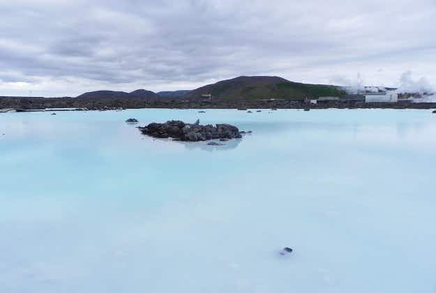 Iceland's Blue Lagoon without water as building begins