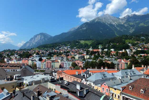 Sporty figures appear on Innsbruck traffic lights