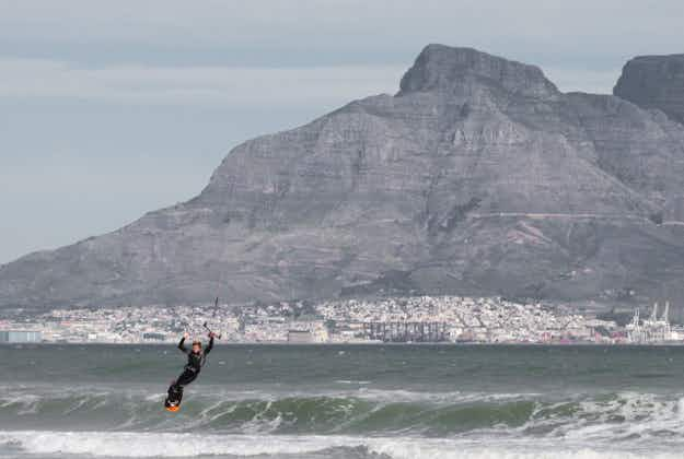 Cape Town planning world kitesurfing record