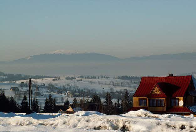 World's largest snow maze opens in Zakopane
