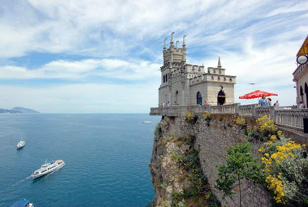 Australian travel company offers tours of Crimea