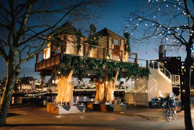Luxury tree-house pops up on the South Bank