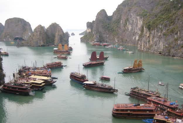 Vietnam's Halong Bay to get international airport