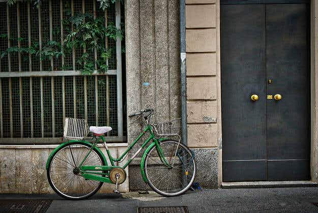 Milan plans to pay commuters to cycle to work