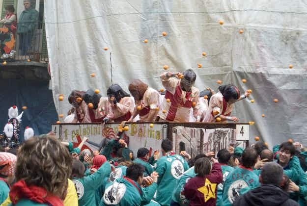 Ivrea's epic Battle of the Oranges during carnival