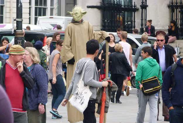 London's National Gallery opens fire on Trafalgar Square Yodas