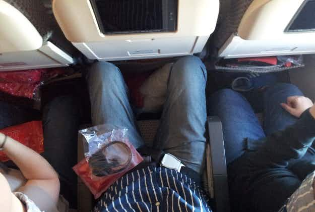 US Congressman calls for minimum seat sizes on flights