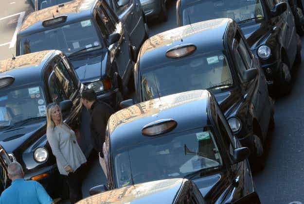 London Taxi Company raises £274m bond so black cabs can go green