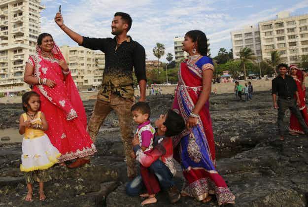 No selfie-zones: Mumbai orders ban as photo craze fatalities alarm India