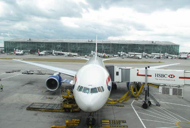 Lithium-ion batteries banned on passenger flights