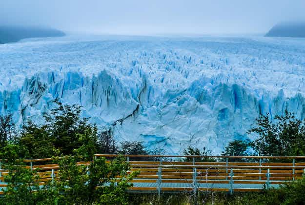 Argentine Perito Moreno glacier starts spectacular rupture drawing thousands of tourists