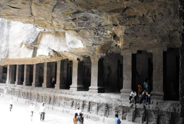 Mystery of longevity of ancient Indian cave paintings revealed 1500 years later