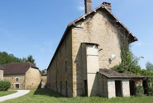 Is this the best holiday home ever? Hamlet in French Jura mountains on sale for €150,000