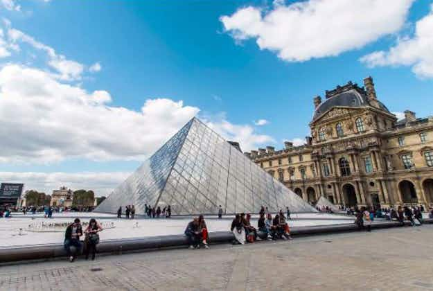 Paris time lapse video captures first time visitor's awe at the City of Light