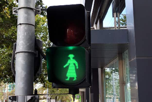 Woman to replace man on Melbourne traffic signal