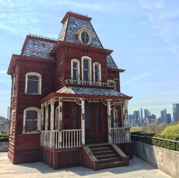 Psycho Mansion set to haunt New York's Metropolitan Museum of Art