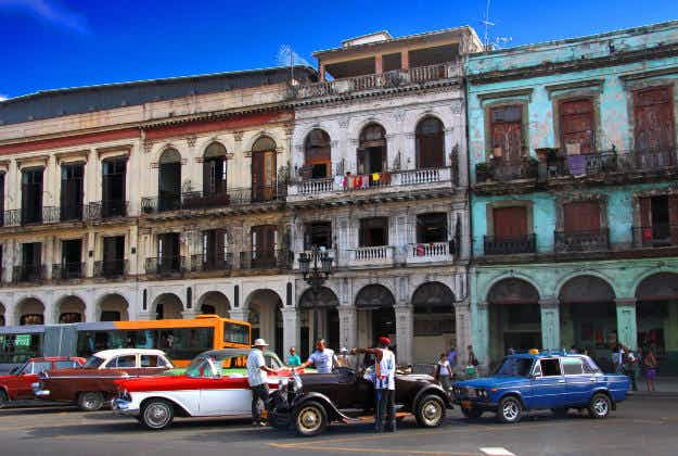 Six commercial US airlines approved for flights to Cuba