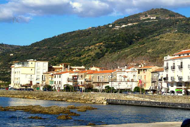 Italian village with 300 people over 100 years old baffles experts
