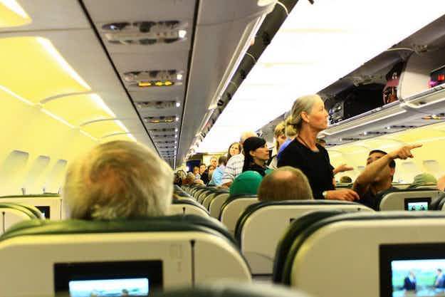 US Senate rejects proposal that would set minimum legroom standard for airlines