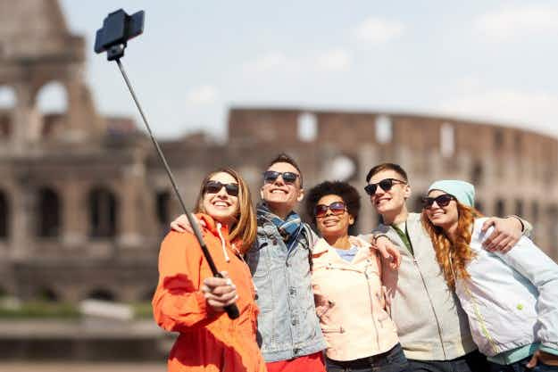 No more selfie guilt! New study says your Instagram habit is all good