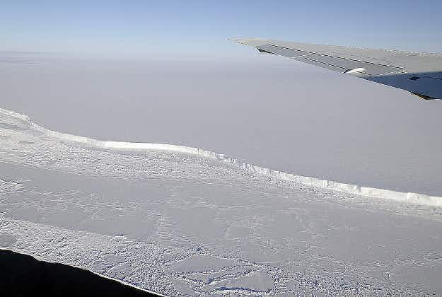 TV weatherman explores Antarctic chasm which may cut research station adrift