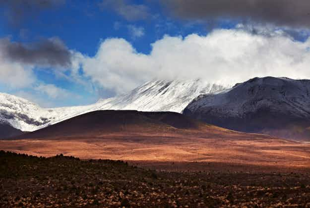 Volcanic rumbles prompt warning about New Zealand's Lord of the Rings Mount Ruapehu