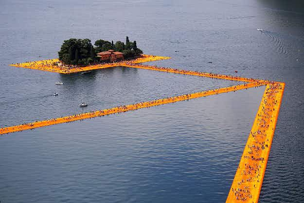 Huge art installation to draw in thousands of visitors to walk across an Italian lake