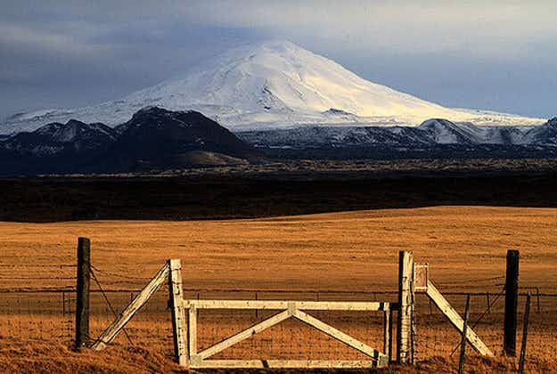 Iceland's famous gateway to hell volcano is 'ready to blow'  after 16 years of being dormant