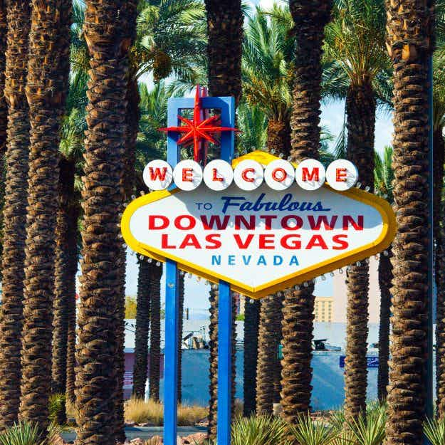 'Welcome to Fabulous Downtown Las Vegas' sign destroyed in truck accident