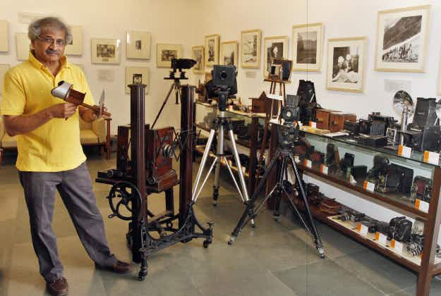 Collector opens world's largest camera museum in Delhi suburb