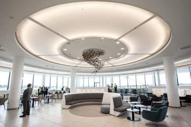 Neolithic tomb Newgrange inspires the new passenger lounge in Dublin Airport