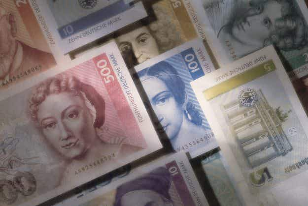 €6.53 billion worth of Deutschmarks still in circulation as 'nostalgic' Germans hold on to old currency