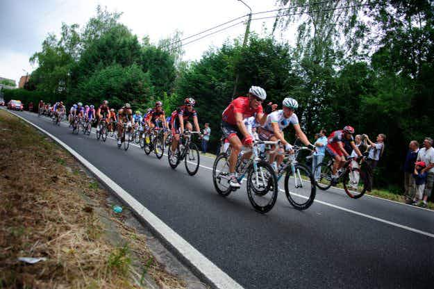 Check out this innovative way to virtually experience the highs and lows of the Tour de France