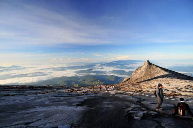 Air Asia competition offers adventure lovers the chance to conquer Mount Kinabalu