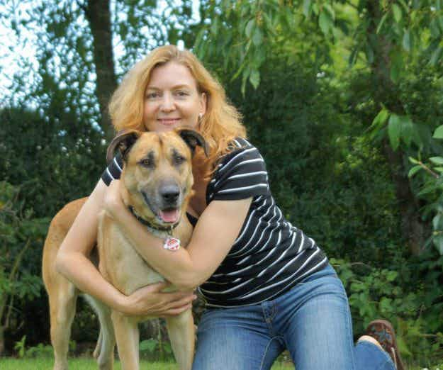 This woman adopted a stray dog in Argentina and brought him home to Germany