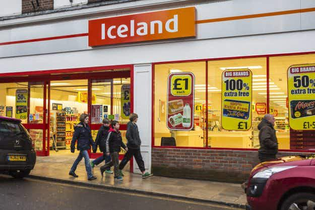 Iceland the country considers suing Iceland the supermarket over trademarking its name