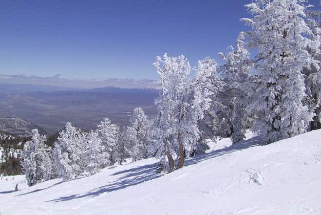 US nudges France down the hill as it becomes world's top ski destination