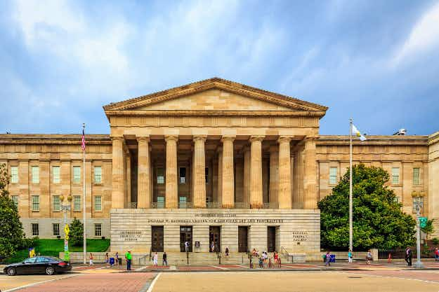 Museums around the USA will be free on Saturday for Smithsonian magazine's Museum Day Live