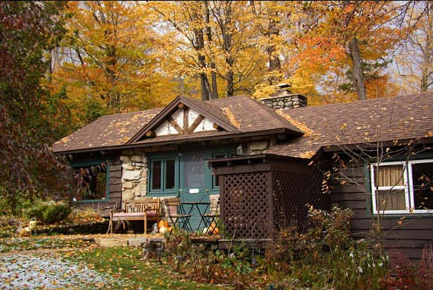 Airbnb reveals the best locations for fall foliage trips in