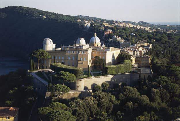 Pope Francis opens up his private apartments at his summer palace to the public