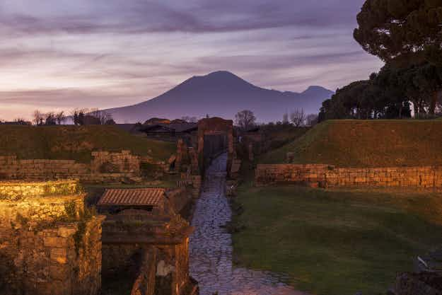 See Pompeii before the volcano eruption in a new 3D video tour of a reconstructed home