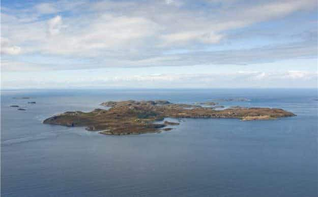 Be the ruler of your own kingdom as this self-sufficient Scottish island comes up for sale