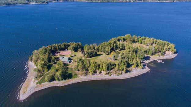 Now you can buy your own private island complete with hot tub in New England