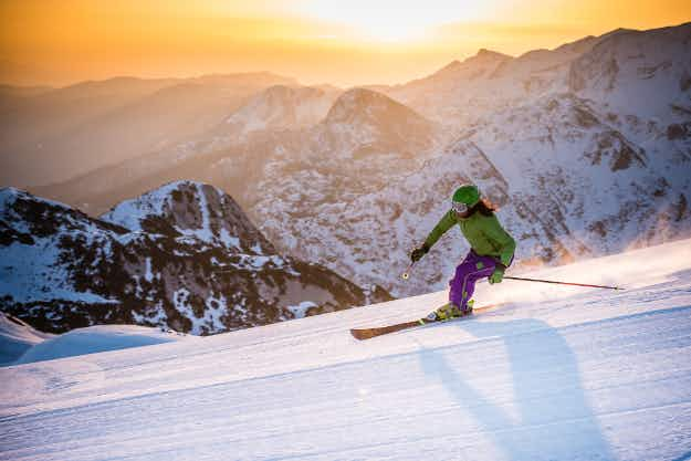 This is the best week to book a ski vacation this winter, according to research
