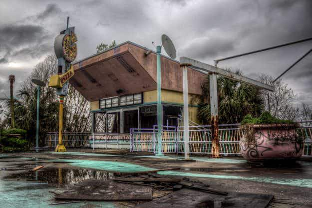 Amazing images show forgotten past of New Orleans theme park abandoned after Hurricane Katrina