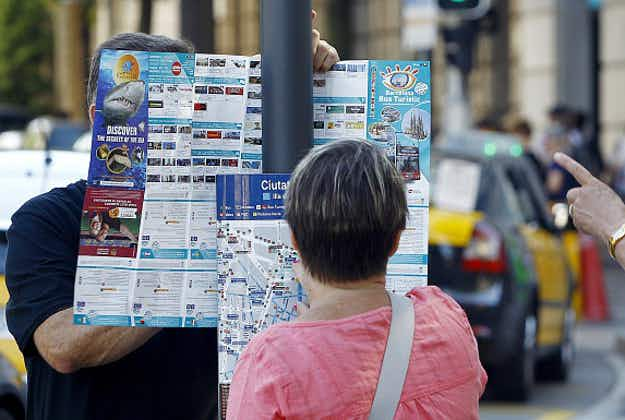 Good old-fashioned maps and brochures still important for holidaymakers